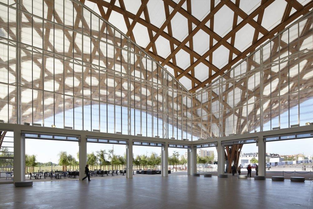 Shigeru ban wint pritzker architecture prize 2014 bativox for Architecture ephemere shigeru ban