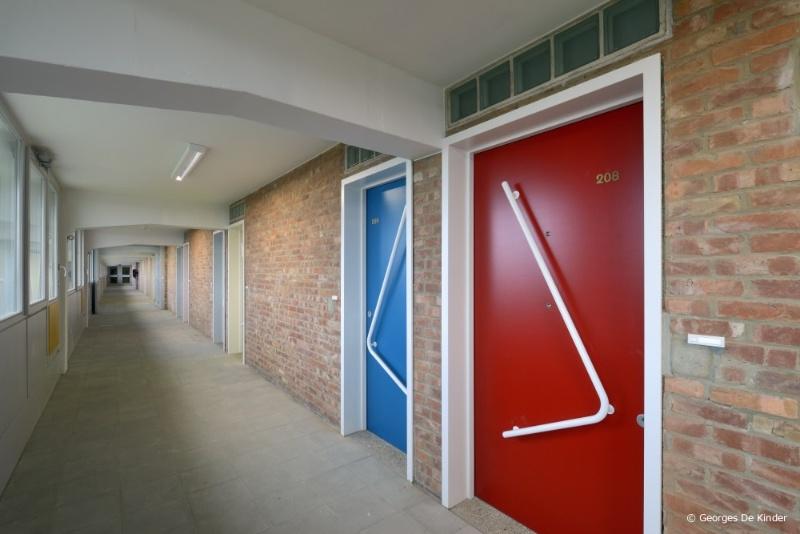 Sociale woontoren ieder zijn huis gerenoveerd bativox - Gerenoveerd huis voor na ...